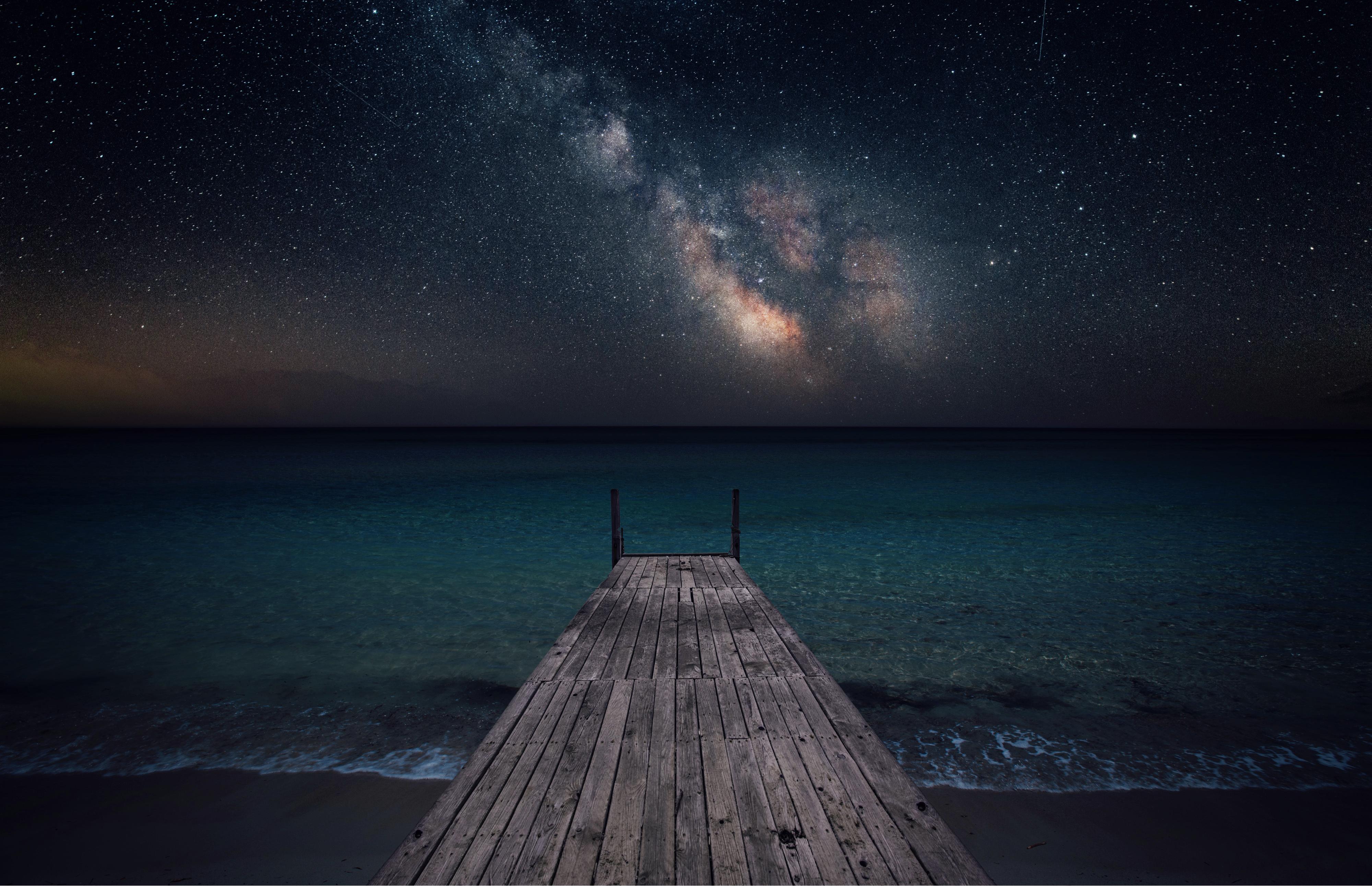 night-beach-pier-stars